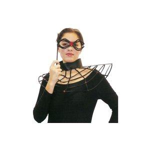 Spindelmask och halsband